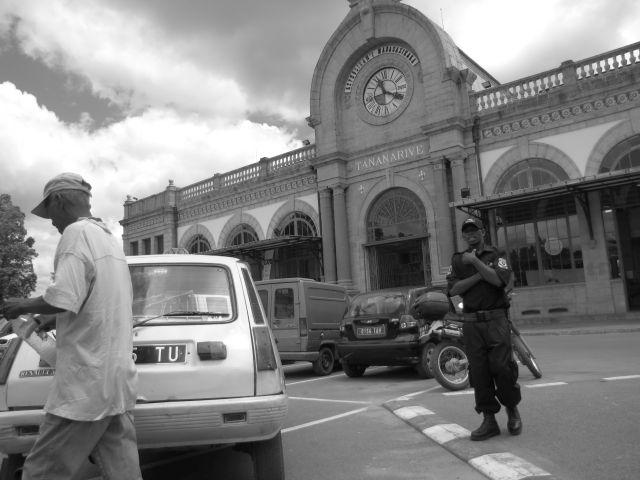 Cracheur de feu à Soarano Antananarivo